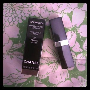 CHANEL INFRAROUGE LIPSTICK - 32 TROPIC GLACÉ- NEW